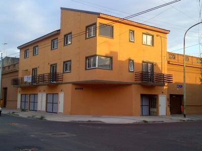Deposito 32 M2 Guardamuebles Garage Doble Cerca Av Rivadavia