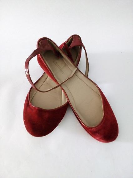 Zapatillas Zara Talla 36 Color Vino Tinto