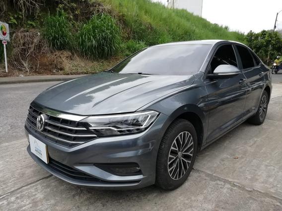 Volkswagen Jetta Trendline 1.4 Aut. 2019 (067)