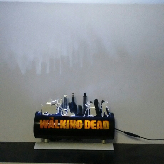 Luminária Em Pvc Led The Walking Dead Modelo 2