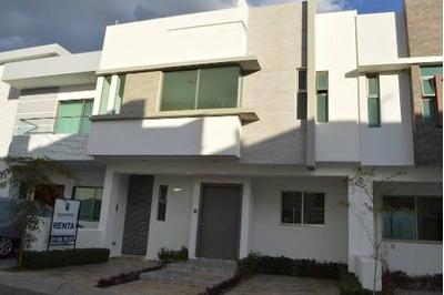 Casa En Venta En Fracc. Los Almendros, Zapopan