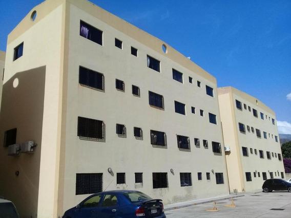 Apartamento En Venta En Barbula Naguanagua 19-15763 Valgo