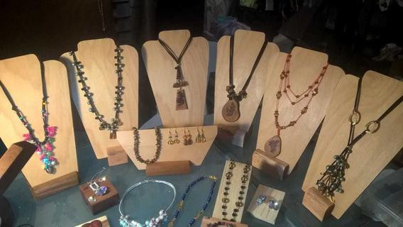 Exhibidor De Collar De Madera