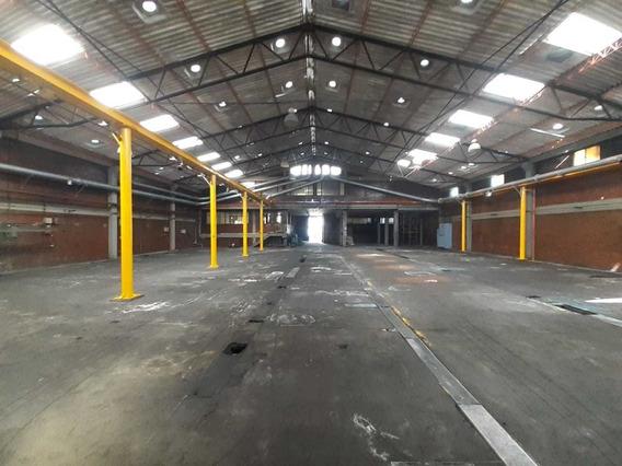 Bodega En Arriendo, Montevideo, Zona Industrial