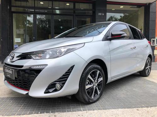 Toyota Yaris 1.5 107cv S Mt 2019 Plateado Cassano Automobili