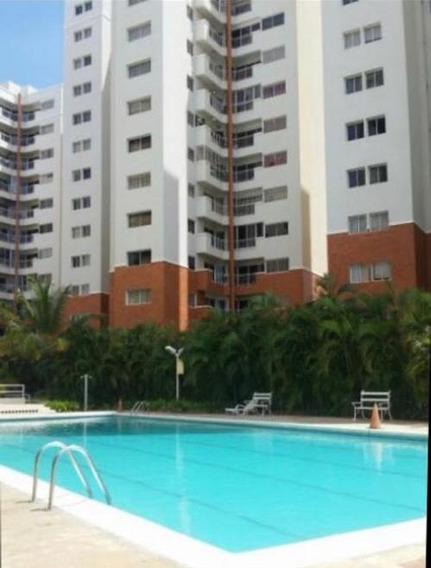 Veronica Ch. Vende Apartamento Av. El Milagro Maracaibo