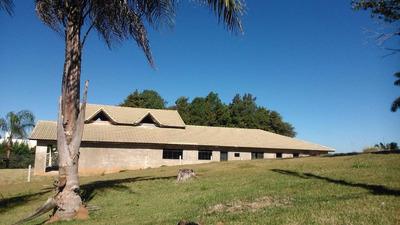 Casa 400m² De Área Construída, Terreno 1300m², 4 Suítes, Jardim Mirante, Águas De Lindóia. - Codigo: Ca0008 - Ca0008