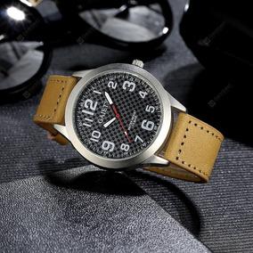 Relógio De Pulso De Couro Gaiety