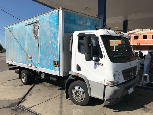 Caminhão Mercedez Acelo 715c