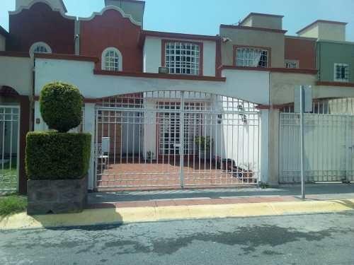 Casa Junto A Plaza P. Ventura 2estac 3rec En Calle Abierta