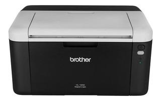 Impresora Brother HL-1 Series HL-1202 220V negra y blanca