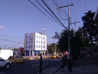 Arriendo Bodega Sobre Avenida En Cartagena
