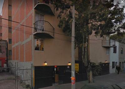 Departamento En Tacuba En Remate ****