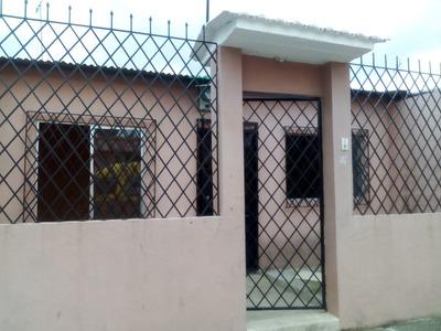 Alquilo Casa En Mucho Lote 1 Av. Isidro Ayora