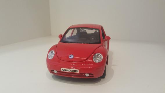 Miniatura Volkswagen Fusca Beetle - 1/25 - Maisto
