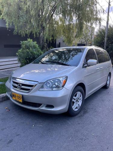 Honda Odyssey Plateada, Motor 3.5, 5 Puertas