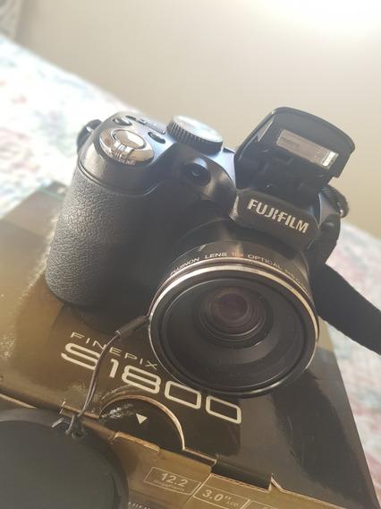Câmera Fotográfica Semi Profissional Fujifilm Finepix S1800