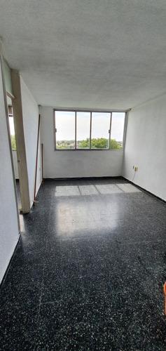 Apartamento De 2 Dormitorios En Malvin Alto
