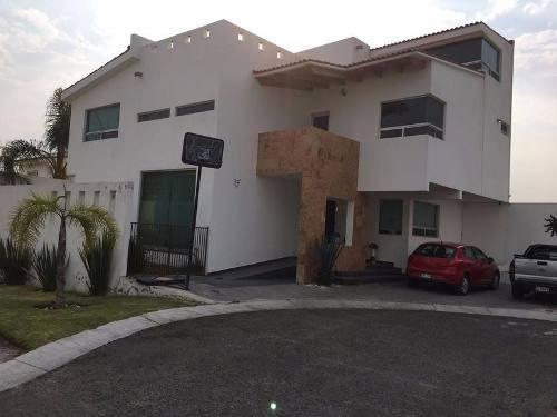 Preciosa Casa En Venta En Fracc Real Del Bosque Corregidora Qro. Mex