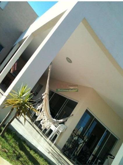 Casa Com 3 Dormitórios À Venda, 450 M² Por R$ 1.400.000,00 - Village Mantiqueira - Guaratinguetá/sp - Ca1657