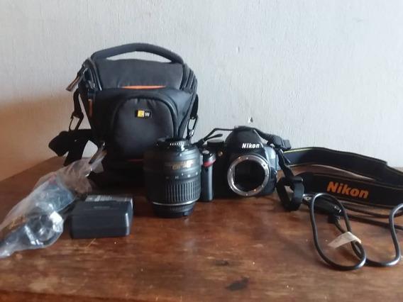 Camara Nikkon D3000 Con Accesorios, Poco Uso