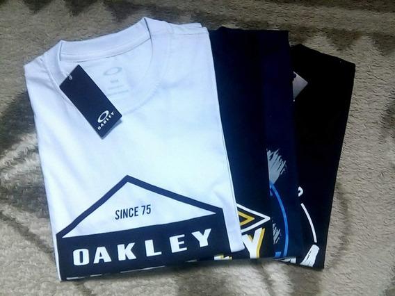 Kit Camisetas Masculinas Oakley, Quiksilver, Hurley Kit Com 02 Camisa Masculina Camiseta Oakley