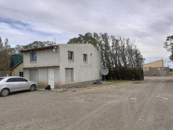 Casa Más Galpón De 20mts X 11.5mts. Terreno De 143mts X 80mt