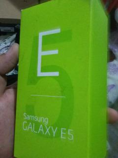 Caixa Samsung E5