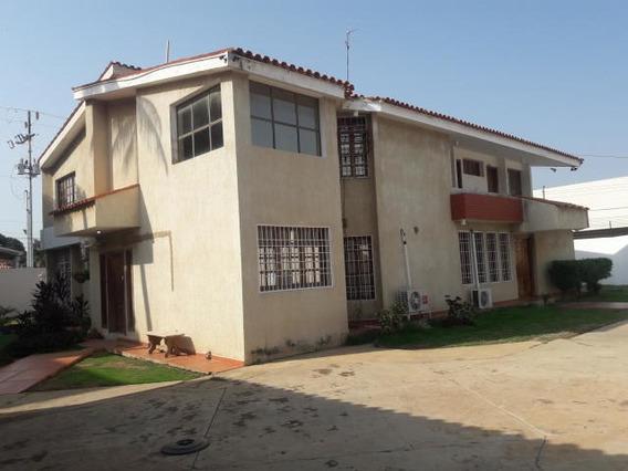Yarimar Gutierrez Alquila Casa # 20-10564