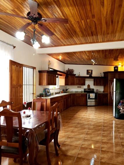 Se Alquila Linda Casa Amueblada En Grecia $900