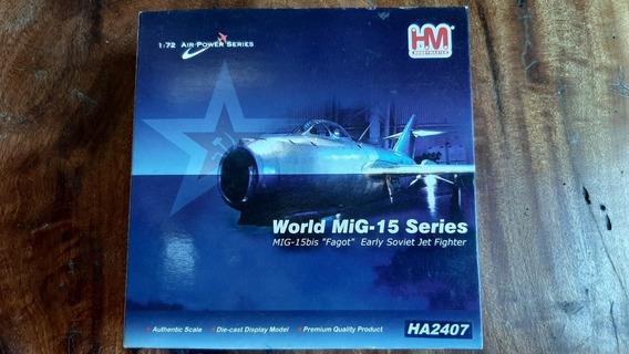 Avião Die Cast 1:72 Mig-15 Fagot Ha2407 - Hobbymaster -