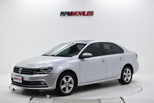 Imagen 1 de 13 de Volkswagen Vento Luxury 2.5 Manual 2015 Rpm Moviles