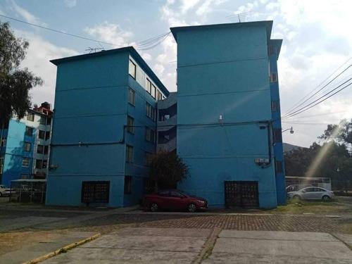 Imagen 1 de 14 de Venta De Departamento En Atizapán Centro.