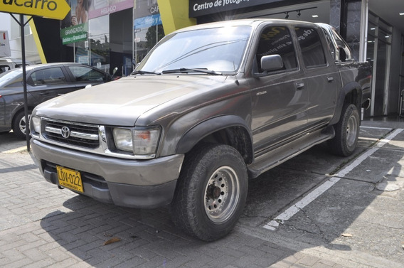 Toyota Hilux Doble Cabina Rider