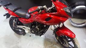 Moto Bajaj Rouser 220 F 220f Excelente Estado
