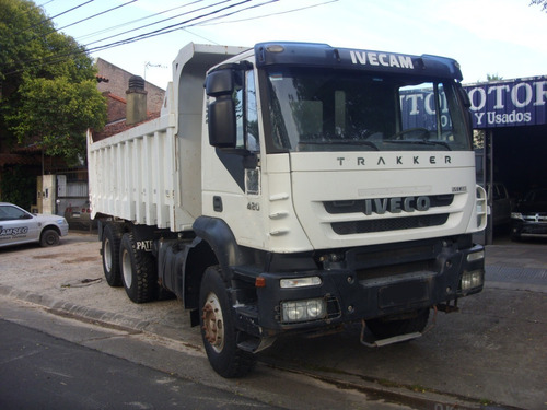 Camión Iveco Trakker 380 T420 6x4 2012 Con Caja Volcadora
