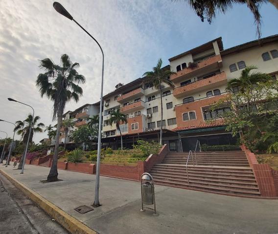 Vende Local Comercial Pb 78,60m2 Cc Golf Plaza Lecheria