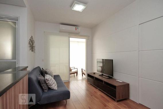 Apartamento No 3º Andar Mobiliado Com 1 Dormitório E 1 Garagem - Id: 892956425 - 256425