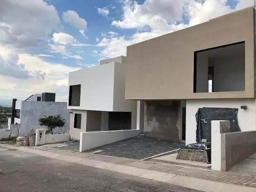 Residencia En Punta Esmeralda, Roof Garden, 4 Recámaras, 3 Baños Completos, Lujo