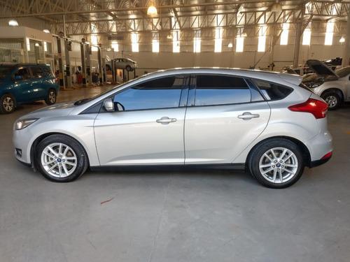 Ford Focus Se 2015 65.000 Km Gris Plata 5 Puertas