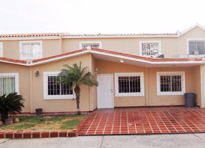 Vm Casas En Venta En Caminos Del Doral