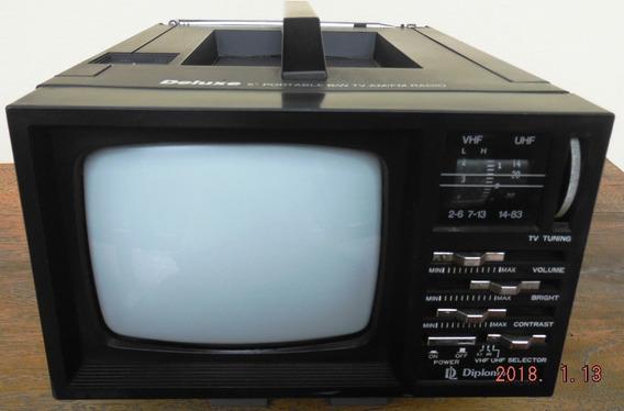 Tv 5 Polegadas, Preto E Branco, Com Rádio Am-fm, Antiga