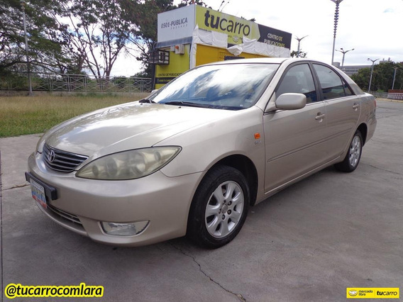 Toyota Camry Lumiere Automático
