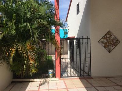 Casa En Venta En Valle Marino