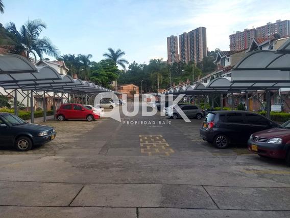 Venta De Casa Unifamiliar En Belén - Medellín