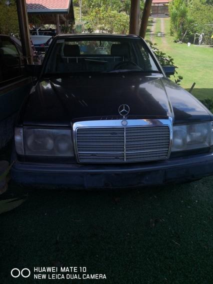 Mercedes-benz Clase E 300 E 24 6 Cilindros