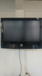 Tv Lcd Fullhd 32 LG C/ Control Remoto. En Excelente Estado!