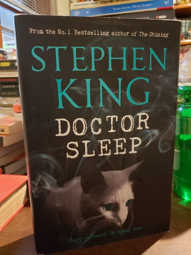 Doctor Sleep Stephen King Capa Dura Importado