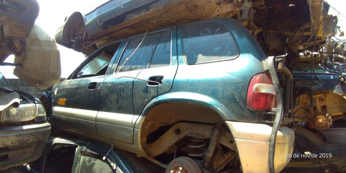 Imagem 1 de 3 de Sucata Toyota Sw4 1995 Retirada De Peças