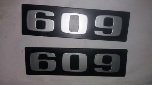 Par Emblema Caminhão Mercedes 609-original/bianco Savino